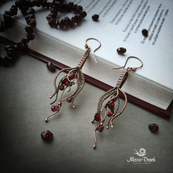 "drop earrings 7 600x600 - Серьги ""Капелька жизни"""
