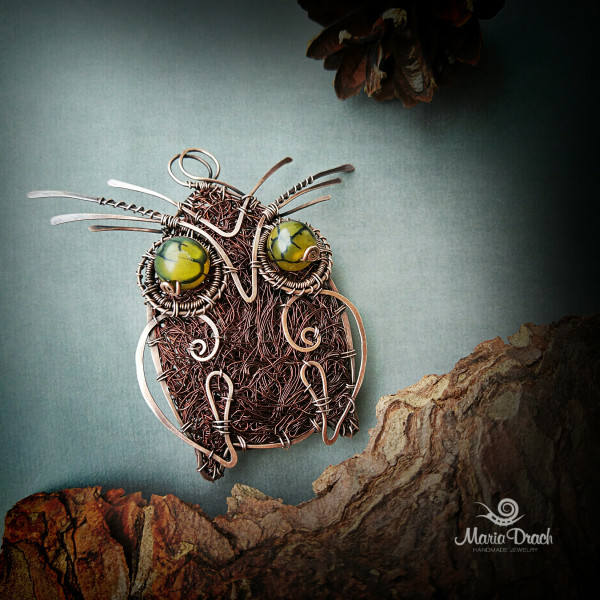 """owl brooch 1 600x600 - Брошь-подвеска """"Мудрая сова"""""""